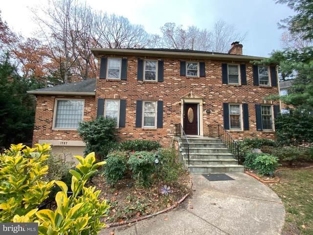 1727 Army Navy Drive, ARLINGTON, VA 22202 (#VAAR160314) :: Great Falls Great Homes