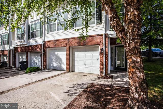 1847 Cedar Cove Way #201, WOODBRIDGE, VA 22191 (#VAPW490092) :: The Miller Team