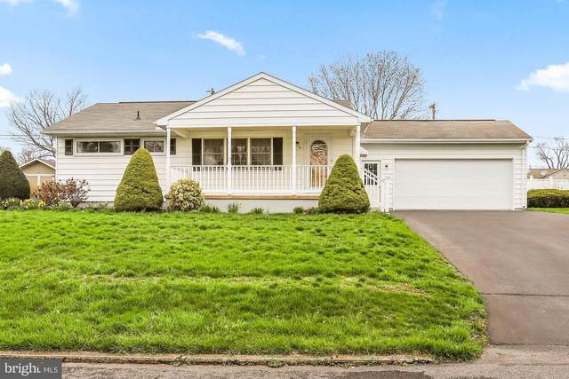 111 Lincoln Drive, FAYETTEVILLE, PA 17222 (#PAFL171960) :: Liz Hamberger Real Estate Team of KW Keystone Realty