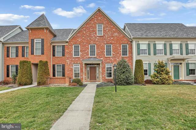 3 Jamestown Square, MECHANICSBURG, PA 17050 (#PACB122522) :: The Heather Neidlinger Team With Berkshire Hathaway HomeServices Homesale Realty