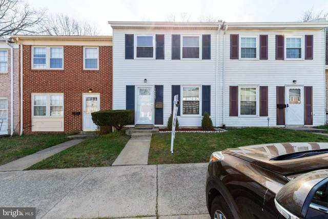 16557 Royal Court, WOODBRIDGE, VA 22191 (#VAPW490476) :: The Miller Team