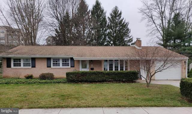 926 W Foxcroft Drive, CAMP HILL, PA 17011 (#PACB122560) :: Keller Williams of Central PA East