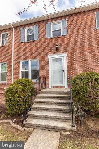 2 Fairfax Village S, HARRISBURG, PA 17112 (#PADA120324) :: TeamPete Realty Services, Inc