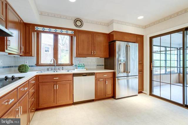 6043 5TH Road N, ARLINGTON, VA 22203 (#VAAR160604) :: Mortensen Team