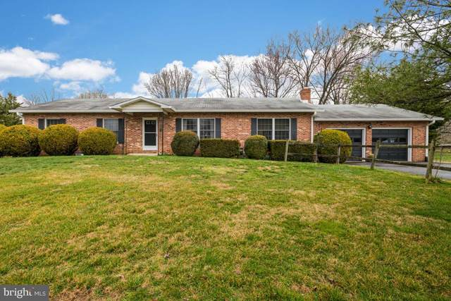 8574 Mountainview Avenue, MARSHALL, VA 20115 (#VAFQ164828) :: Bob Lucido Team of Keller Williams Integrity