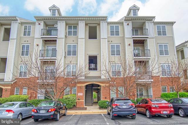21228 Mcfadden Square #414, STERLING, VA 20165 (#VALO406888) :: The Greg Wells Team