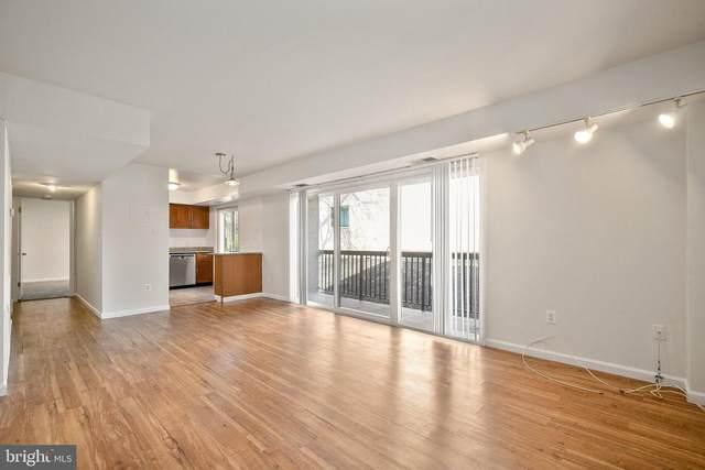 3200 S 28TH Street #304, ALEXANDRIA, VA 22302 (#VAAX244854) :: Coleman & Associates
