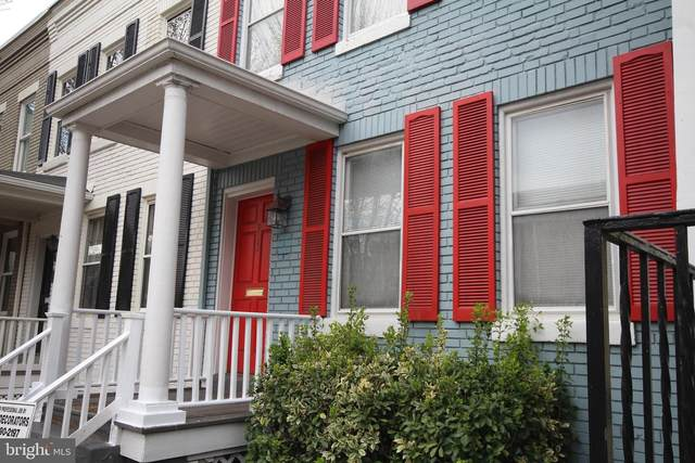 913 Duke Street, ALEXANDRIA, VA 22314 (#VAAX244876) :: The Licata Group/Keller Williams Realty