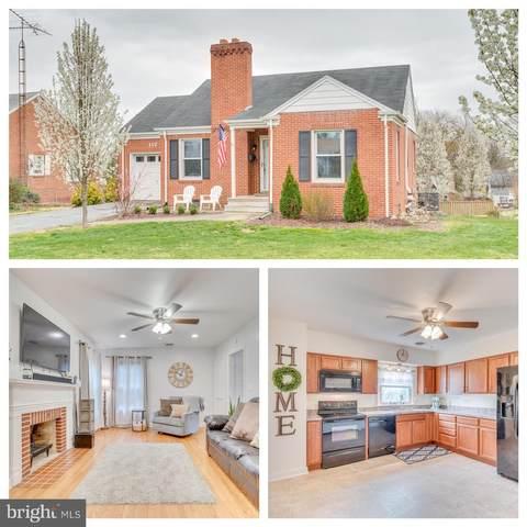 117 Delaware Avenue N, MARTINSBURG, WV 25401 (#WVBE176018) :: Bruce & Tanya and Associates