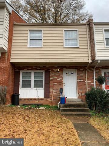 14397 Fontaine Court, WOODBRIDGE, VA 22193 (#VAPW491454) :: The Miller Team