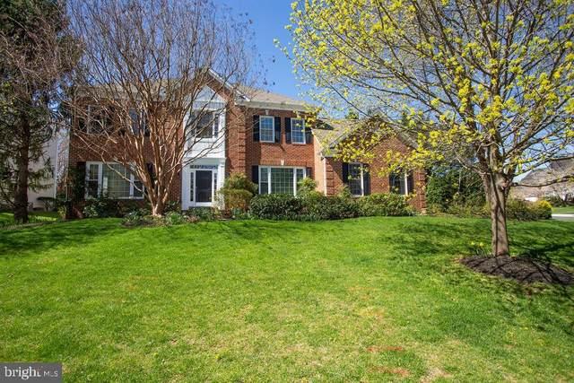 2801 Gibson Oaks Drive, HERNDON, VA 20171 (#VAFX1120416) :: Pearson Smith Realty