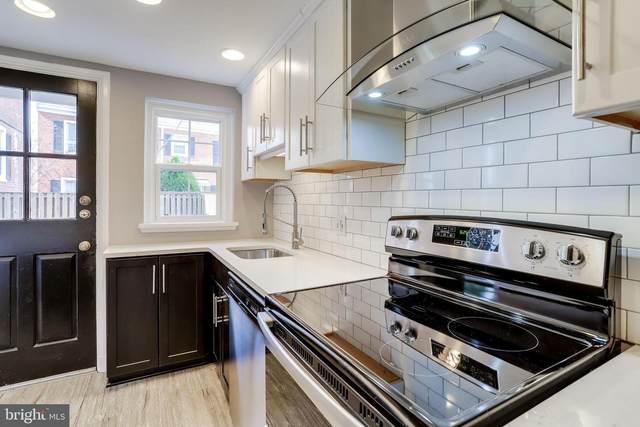 3018 S Buchanan Street, ARLINGTON, VA 22206 (#VAAR160948) :: Jacobs & Co. Real Estate