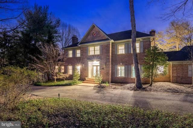 8700 Old Dominion Drive, MCLEAN, VA 22102 (#VAFX1120978) :: Erik Hoferer & Associates