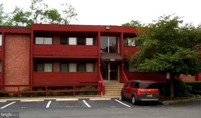 1529 S George Mason Drive #3, ARLINGTON, VA 22204 (#VAAR161078) :: Mortensen Team