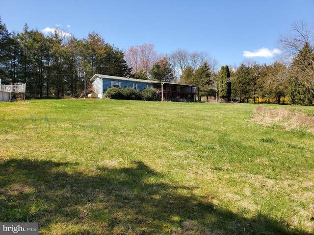 2 Woodbrook Drive, DOUGLASSVILLE, PA 19518 (#PABK356718) :: The Team Sordelet Realty Group
