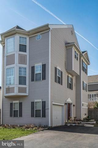 8247 Electric Avenue, VIENNA, VA 22182 (#VAFX1121474) :: Pearson Smith Realty