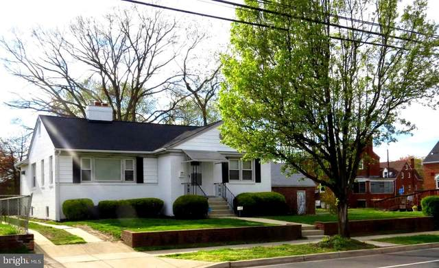 2705 Brooks Drive, SUITLAND, MD 20746 (#MDPG564674) :: ExecuHome Realty