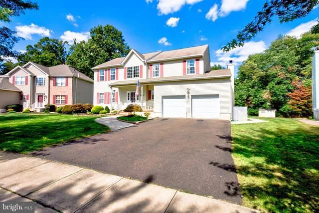 226 Oak Creek Circle, EAST WINDSOR, NJ 08520 (#NJME294120) :: LoCoMusings