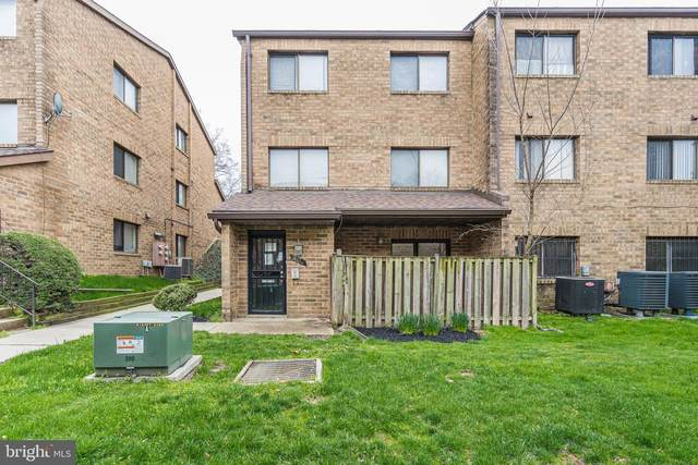 3162 1/2 Berry Road NE, WASHINGTON, DC 20018 (#DCDC464580) :: The Matt Lenza Real Estate Team