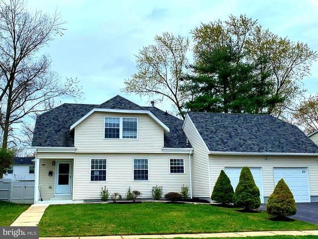211 Evergreen Drive, WILLINGBORO, NJ 08046 (#NJBL370446) :: Larson Fine Properties