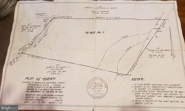 11011 Crooked Tree Lane, SPOTSYLVANIA, VA 22553 (#VASP221024) :: The Vashist Group