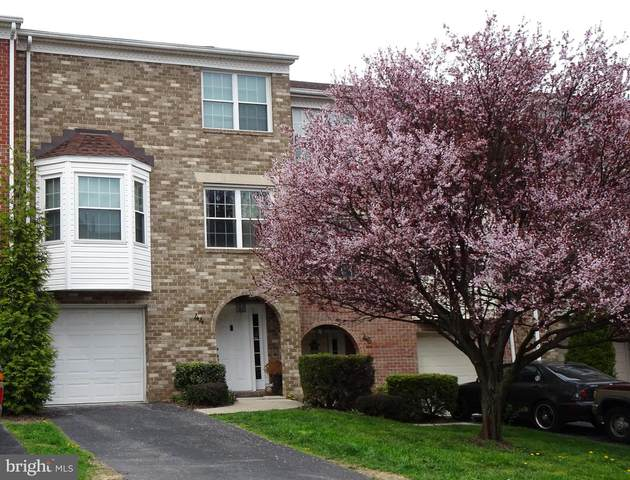 44 Jayme Drive, YORK, PA 17402 (#PAYK136244) :: The Joy Daniels Real Estate Group