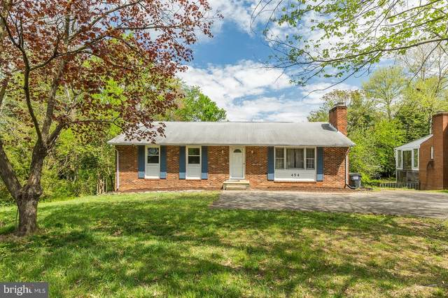 454 Ferry Road, FREDERICKSBURG, VA 22405 (#VAST220894) :: The Licata Group/Keller Williams Realty