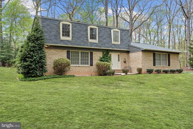 6324 Colchester Road, FAIRFAX STATION, VA 22039 (#VAFX1123394) :: Debbie Dogrul Associates - Long and Foster Real Estate