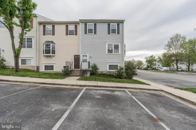 5603 Larson Court #17, CAPITOL HEIGHTS, MD 20743 (#MDPG565962) :: The Licata Group/Keller Williams Realty