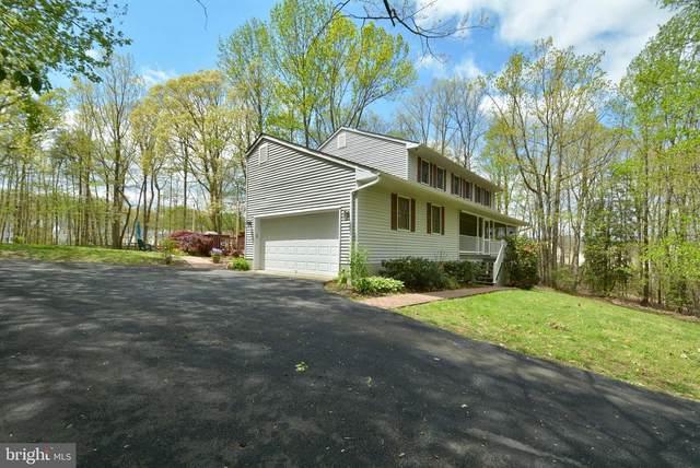 4325 Holly Oak Court, WOODBRIDGE, VA 22192 (#VAPW492994) :: Blackwell Real Estate