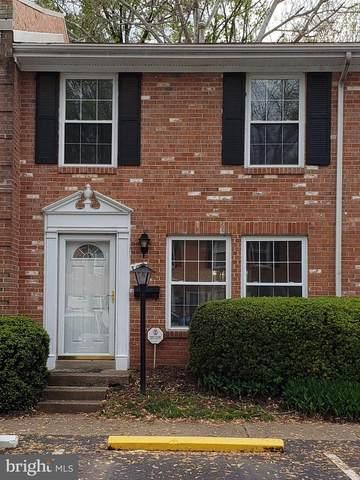 309 E Dartmouth Drive, STERLING, VA 20164 (#VALO409692) :: Jacobs & Co. Real Estate