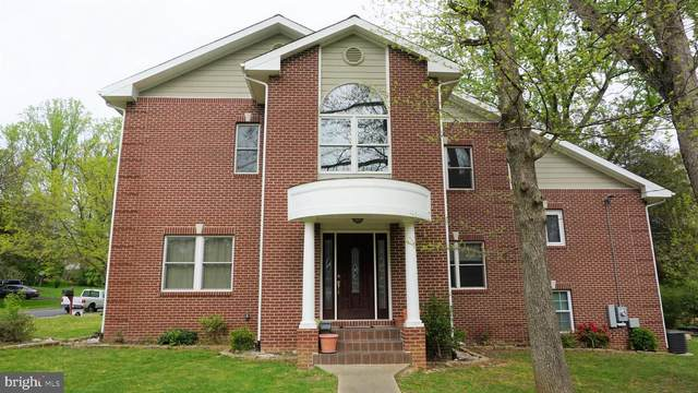 7301 Brad Street, FALLS CHURCH, VA 22042 (#VAFX1127248) :: The Miller Team