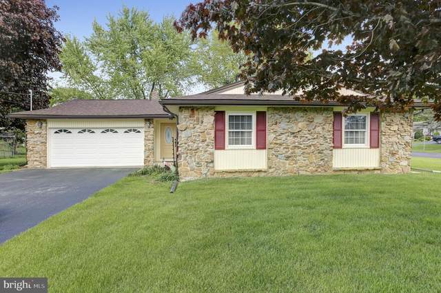 901 Forge Road, CARLISLE, PA 17015 (#PACB123416) :: The Joy Daniels Real Estate Group