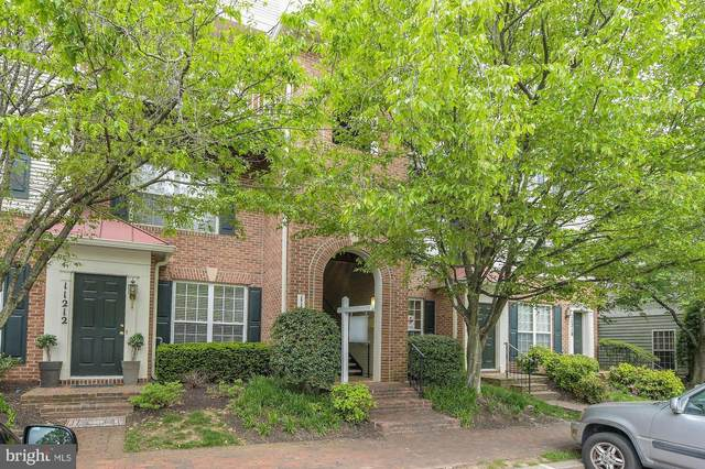 11214 Edson Park Place #15, ROCKVILLE, MD 20852 (#MDMC707186) :: Bob Lucido Team of Keller Williams Integrity