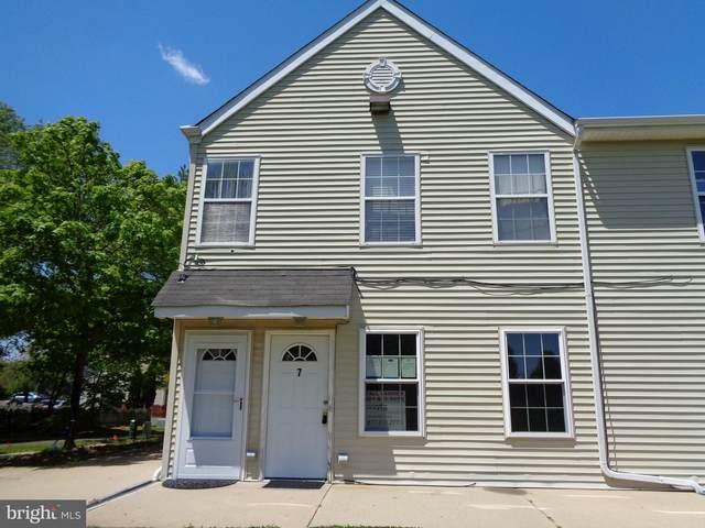 7 Manor Drive, BURLINGTON, NJ 08016 (#NJBL372374) :: LoCoMusings