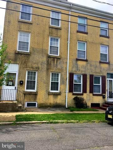 26 W 2ND Street, FLORENCE, NJ 08518 (#NJBL372436) :: Linda Dale Real Estate Experts