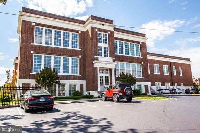900 Barton Street #107, FREDERICKSBURG, VA 22401 (#VAFB117088) :: CENTURY 21 Core Partners