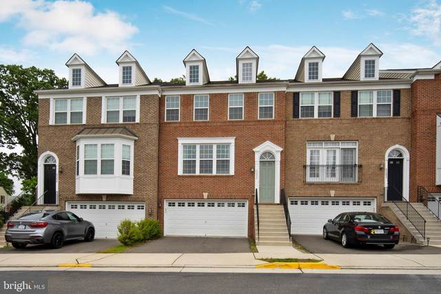 6204 Royal Crest Lane, ALEXANDRIA, VA 22310 (#VAFX1129208) :: Cristina Dougherty & Associates