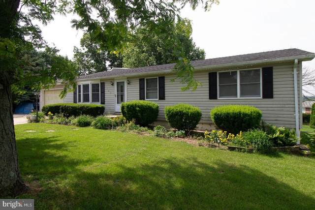 243 Krollman Drive, FAYETTEVILLE, PA 17222 (#PAFL172668) :: The Joy Daniels Real Estate Group