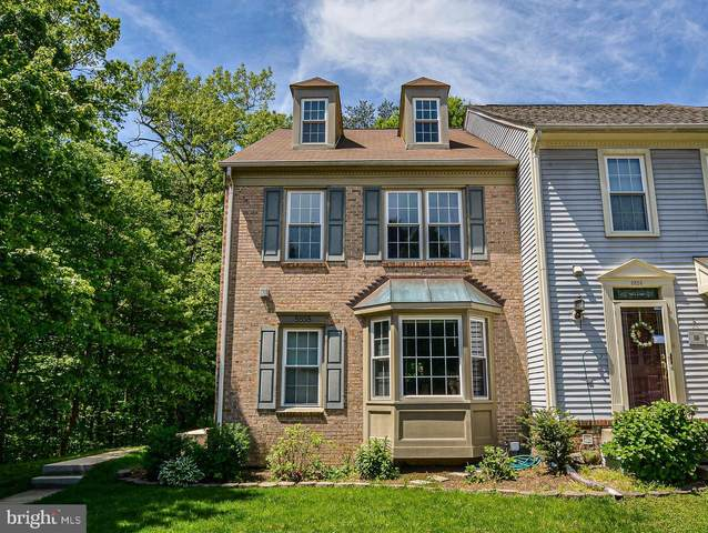 8858 Eagle Rock Lane, SPRINGFIELD, VA 22153 (#VAFX1129656) :: Hill Crest Realty