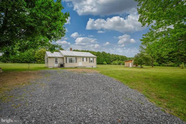 860 S Fort Valley Road, FORT VALLEY, VA 22652 (#VASH119240) :: The Bob & Ronna Group