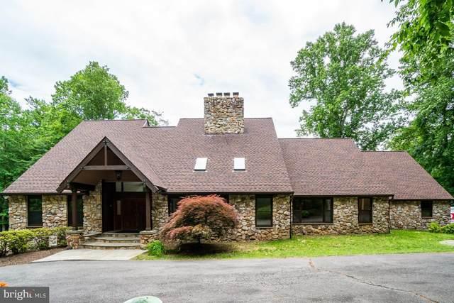 12207 Seven Hills Lane, CLIFTON, VA 20124 (#VAFX1129722) :: Debbie Dogrul Associates - Long and Foster Real Estate