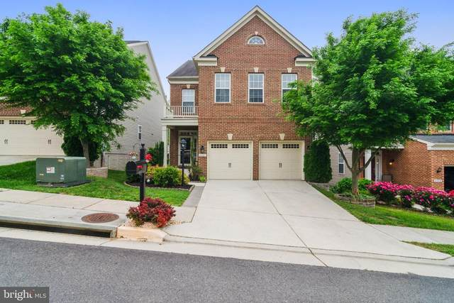 8007 Annette Drive, LORTON, VA 22079 (#VAFX1129726) :: Debbie Dogrul Associates - Long and Foster Real Estate