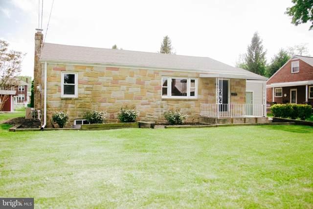 247 Pinecrest Drive, HARRISBURG, PA 17110 (#PADA121592) :: The Joy Daniels Real Estate Group