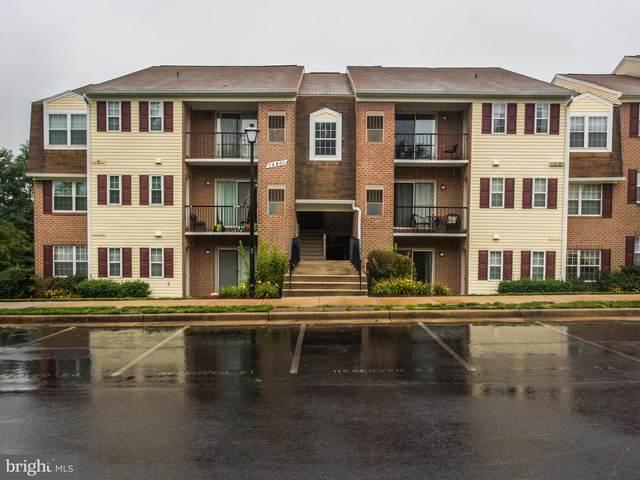 14801 Rydell Road #104, CENTREVILLE, VA 20121 (#VAFX1129826) :: Arlington Realty, Inc.