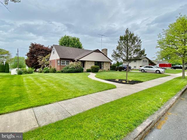 425 Glenwyn Drive, LITTLESTOWN, PA 17340 (#PAAD111486) :: The Joy Daniels Real Estate Group