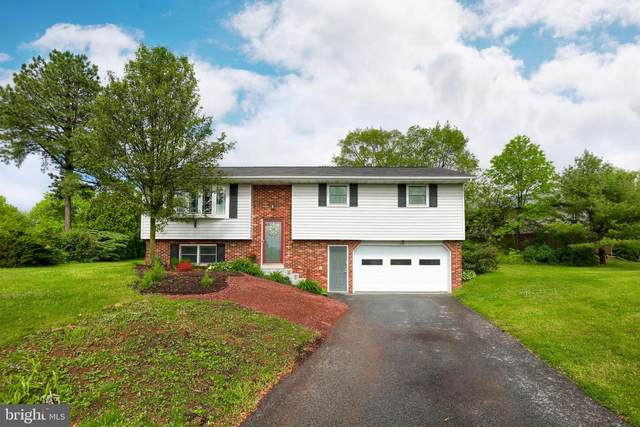 32 Dogwood Circle, ELIZABETHTOWN, PA 17022 (#PALA163334) :: The Joy Daniels Real Estate Group