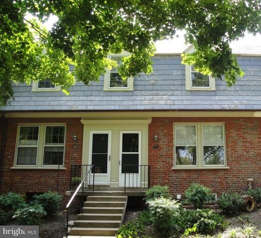 1400 S Edgewood Street #526, ARLINGTON, VA 22204 (#VAAR163188) :: Pearson Smith Realty
