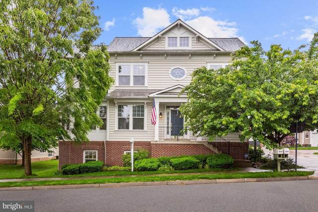 8844 Song Sparrow Drive, GAINESVILLE, VA 20155 (#VAPW495416) :: The Putnam Group