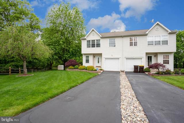 112 Hickory Hollow Circle, WARRINGTON, PA 18976 (#PABU497024) :: Linda Dale Real Estate Experts